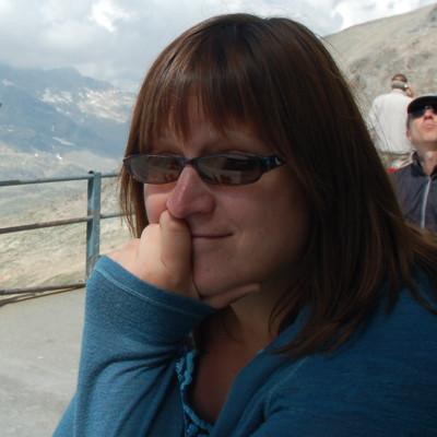 Dr. Tanya Mueller